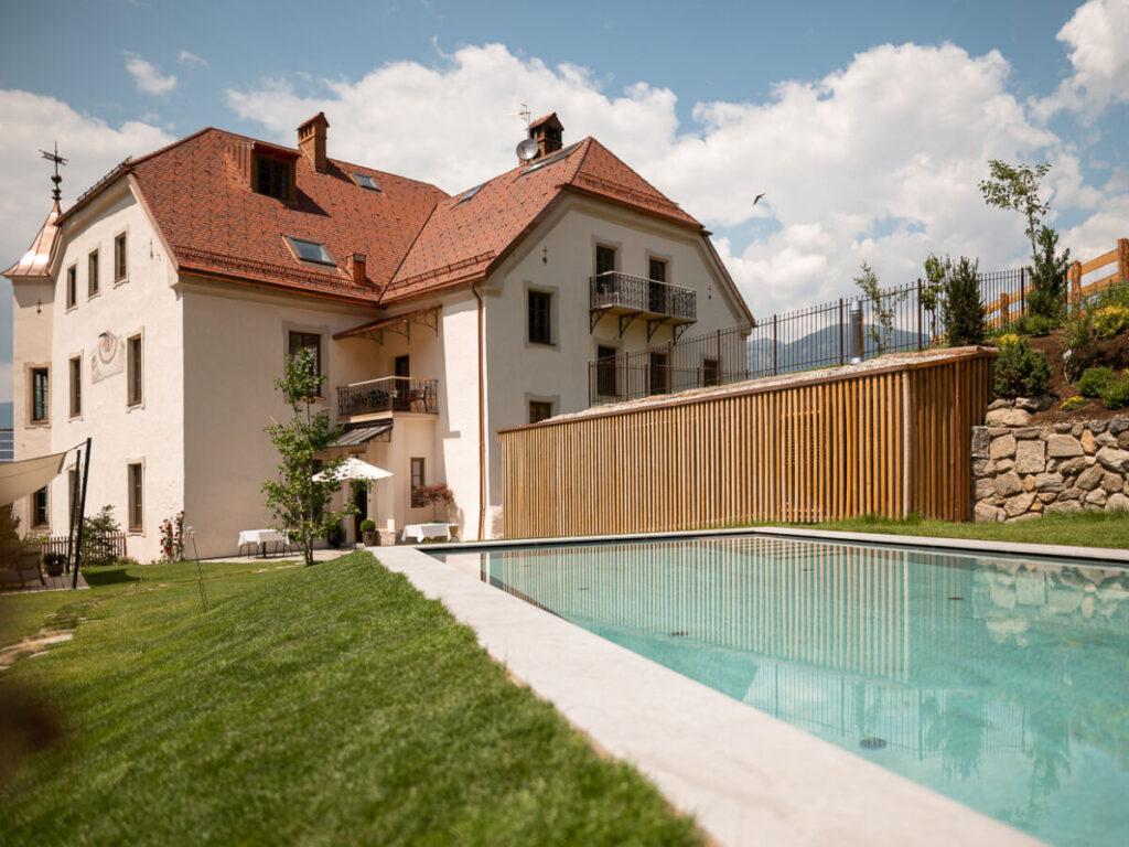 Herrenhaus Maurn Pool